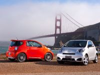 2014 Scion iQ , 19 of 23