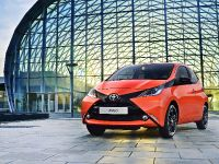 2014 Toyota Aygo, 2 of 12