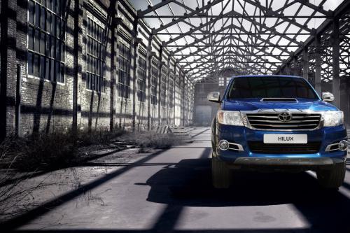2014 Toyota Hilux Invincible Сочетает В Себе Мощь И Стиль