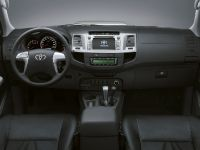 2014 Toyota Hilux Invincible, 11 of 15
