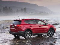 2014 Toyota RAV4 Cruiser Turbo Diesel, 2 of 6