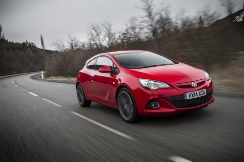 2014 Воксхолл Астра ГТС получит новый дизельный двигатель