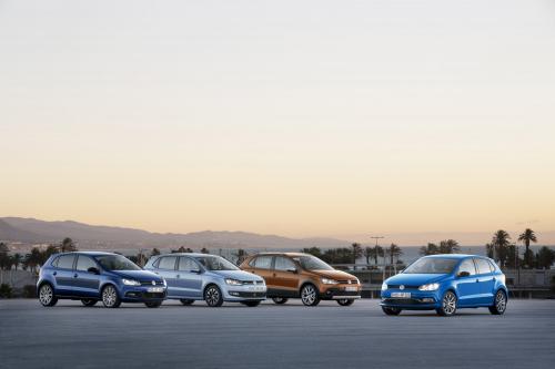2014 Volkswagen на шоссе, Поло bluemotion и BlueGT