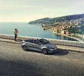 2014 Volkswagen Golf Cabriolet Karmann Edition, 1 of 4