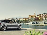 2014 Volkswagen Golf Cabriolet Karmann Edition, 2 of 4