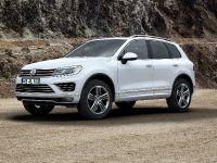 2014 Volkswagen Touareg Facelift, 1 of 2