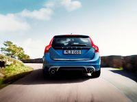 2014 Volvo V60 Plug-in Hybrid R-Design, 4 of 10