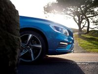 2014 Volvo V60 Plug-in Hybrid R-Design, 6 of 10