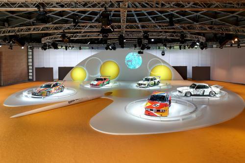 BMW празднует свое 40-летие многочисленными шоу