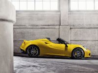 2015 Alfa Romeo 4C Spider, 2 of 12