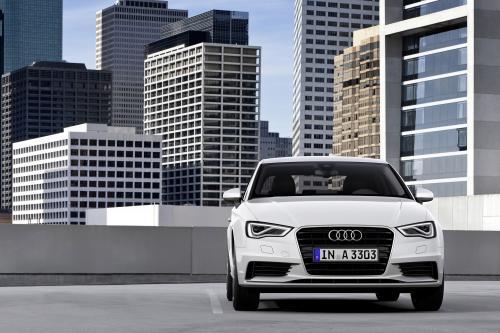 2015 Audi А3 седан попадает на рынок США [видео]