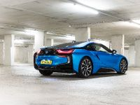 2015 BMW i8 UK, 16 of 50