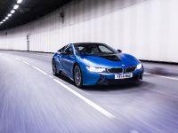 thumbnail image of 2015 BMW i8 UK