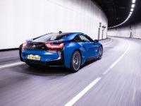 2015 BMW i8 UK, 22 of 50