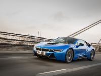 2015 BMW i8 UK, 23 of 50