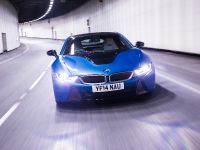 2015 BMW i8 UK, 25 of 50
