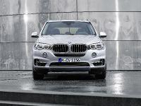 2015 BMW X5 xDrive40e, 2 of 32