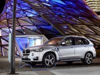 thumbnail image of 2015 BMW X5 xDrive40e
