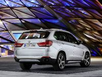 2015 BMW X5 xDrive40e, 17 of 32