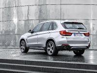 2015 BMW X5 xDrive40e, 18 of 32