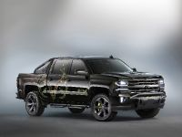 2015 Chevrolet Silverado Realtree Bone Collector Concept , 1 of 4