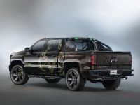 2015 Chevrolet Silverado Realtree Bone Collector Concept , 2 of 4