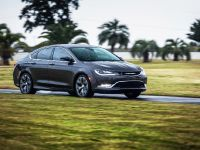 2015 Chrysler 200 , 3 of 14