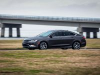 2015 Chrysler 200 , 7 of 14