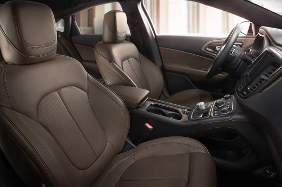 Chrysler 200C Mocha Leather interior