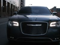 2015 Chrysler 300, 1 of 8