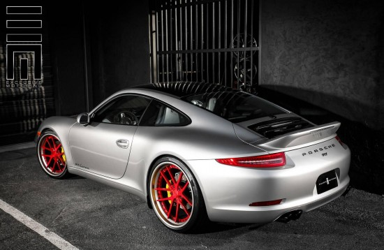 Exclusive Motoring Porsche 911 Carrera