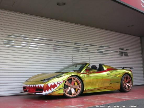 Ferrari 458 Spider Golden Shark