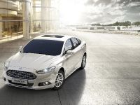 2015 Ford Mondeo Hybrid, 1 of 3