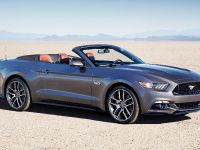 2015 Ford Mustang Convertible, 3 of 9