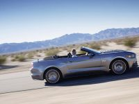 2015 Ford Mustang Convertible, 4 of 9