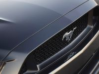 2015 Ford Mustang Convertible, 8 of 9