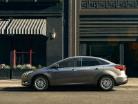 2015 Ford Taurus, 2 of 4
