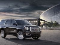 2015 GMC Yukon Denali, 12 of 16