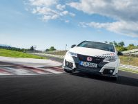 2015 Honda Civic Type R at famous race tracks , 3 of 19