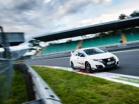 2015 Honda Civic Type R at famous race tracks , 6 of 19