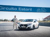 2015 Honda Civic Type R at famous race tracks , 10 of 19