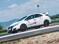 2015 Honda Civic Type R at famous race tracks , 11 of 19