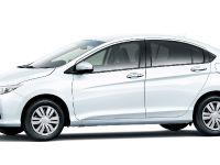 thumbnail image of 2015 Honda Grace LX