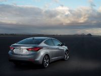 2015 Hyundai Elantra Sedan, 12 of 50
