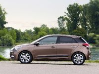 2015 Hyundai New Generation i20, 2 of 20