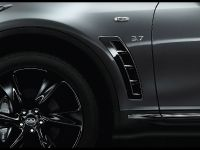 2015 Infiniti QX70S Design, 3 of 5