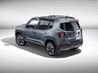 2015 Jeep Renegade Trailhawk by Mopar , 2 of 9