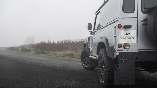 Kahn Land Rover Defender Hard Top Chelsea Wide Track