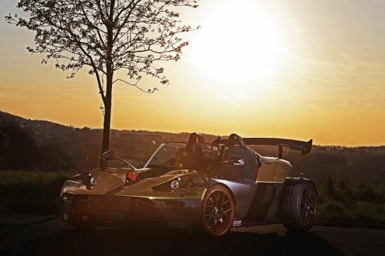 KTM X-Bow GT Dubai-Gold-Edition by Wimmer Rennsporttechnik