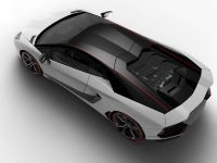 2015 Lamborghini Aventador LP 700-4 Pirelli Edition , 3 of 4